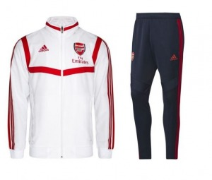Arsenal-Pres-Suit