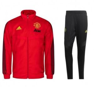 Manchester-United-suit