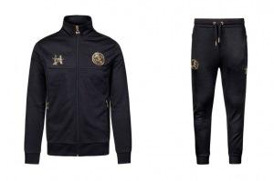Cruyff-Suit-€-140